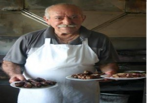 Kıbrısın En İyi Şeftali Kebabı Zekai nin Yerinde